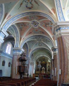 Passy_Interieur_de_l'Église_Saint-Pierre-et-Saint-Paul